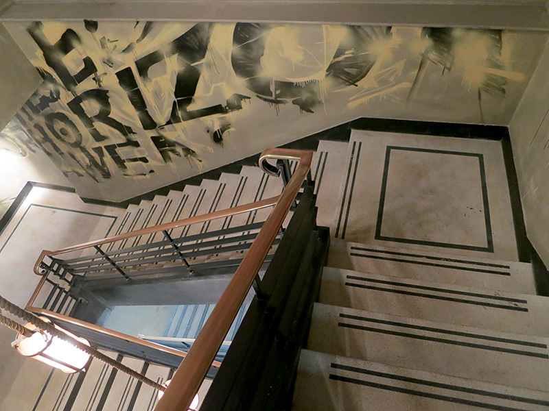 burgerlobster-graffiti-art-mural-cardiff-2