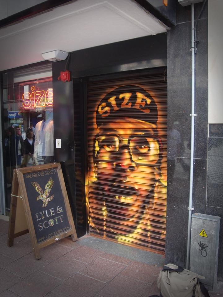 spikelee-size-2-graffiti-art-shop-shutter-mural-jpg