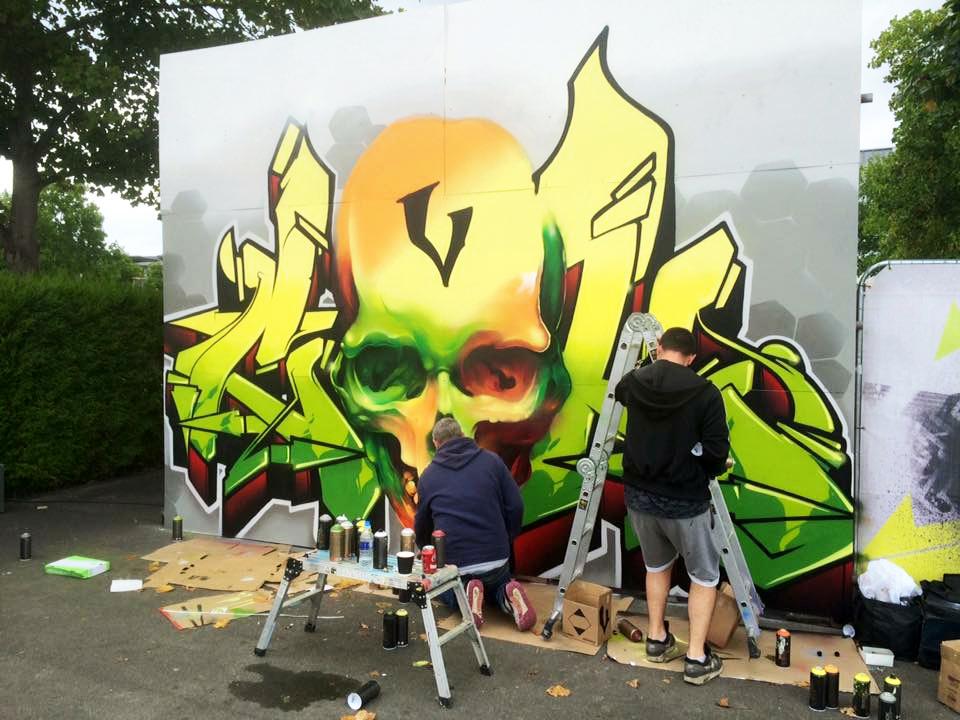 2-mitsubishi-graffiti-live-demo-bristol-cardiff